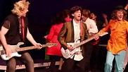 The Wedding Singer - Meet the Cast - YouTube