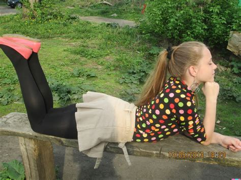 Fashion Tights Skirt Dress Heels Only Candid Pantyhose Tights Pics