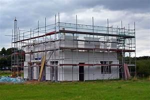 Haus Bauen Was Beachten : die planung vom hausbau grundlegende elemente und tipps ~ Frokenaadalensverden.com Haus und Dekorationen