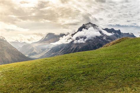 Herzlich willkommen beim offiziellen facebook kanal der destination lech zürs am arlberg. Lech Zürs am Arlberg - Best Of The Alps