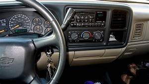 2002 Chevrolet Avalanche - Interior Pictures