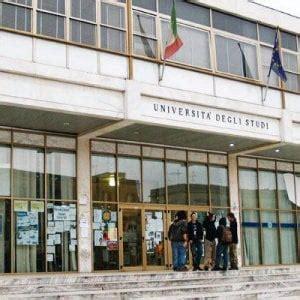 Test Ingresso Ingegneria Bari Lecce Boom Di Iscrizioni Ai Test D Ammissione All