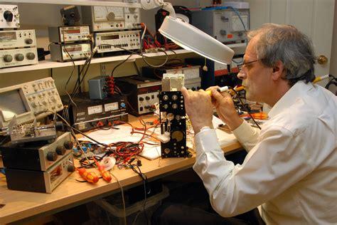 steps    professional engineer  electronics