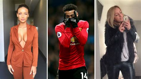 Manchester United break news: Phil Jones worried about ...