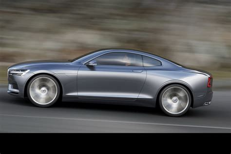 volvo  coupe hinted  company exec   carscoops