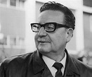 Salvador Allende Biography - Childhood, Life Achievements ...