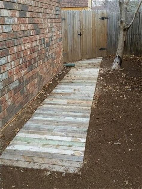 reclaimed wood walkway   xs  pallets perfect