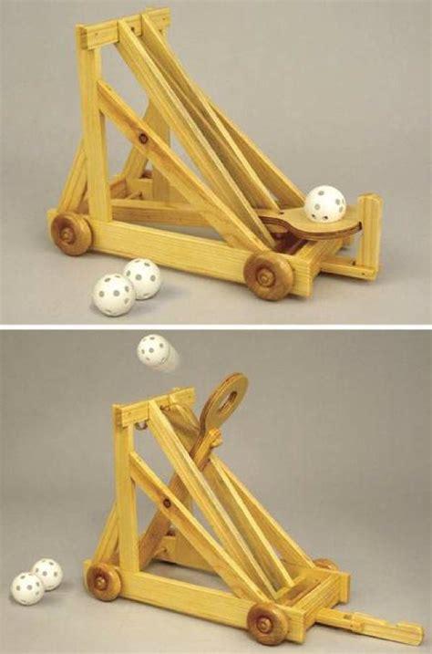 desktop catapult woodworking plan