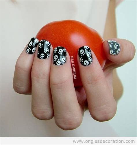 deco ongle halloween facile