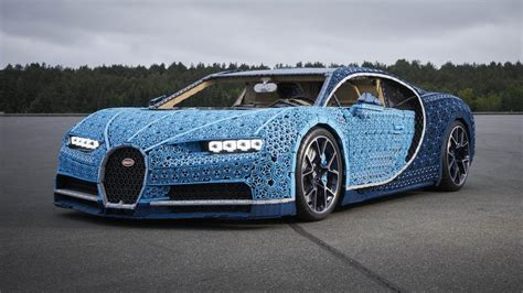 With lego® technic we like to state that you build for real. Behold: the full-size Lego Bugatti Chiron!   Top Gear