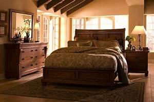 Kincaid tuscano solid wood low profile bedroom set for Solid wood bedroom furniture