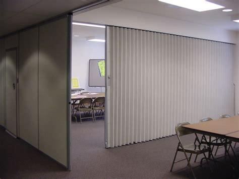 folding partitions  walls  basics  hufcor