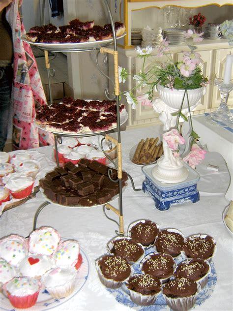 lilyoake tea party set