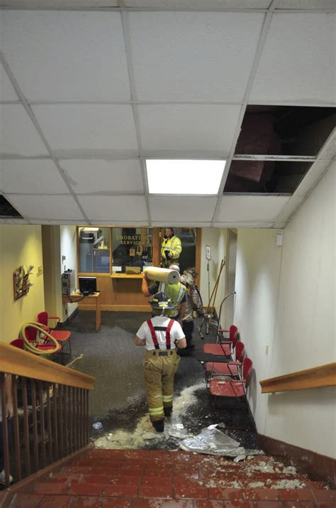 courthouse closed  water damage  broken pipe