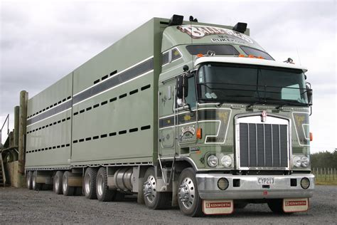 new kenworths kenworth k100 photos photogallery with 3 pics carsbase com