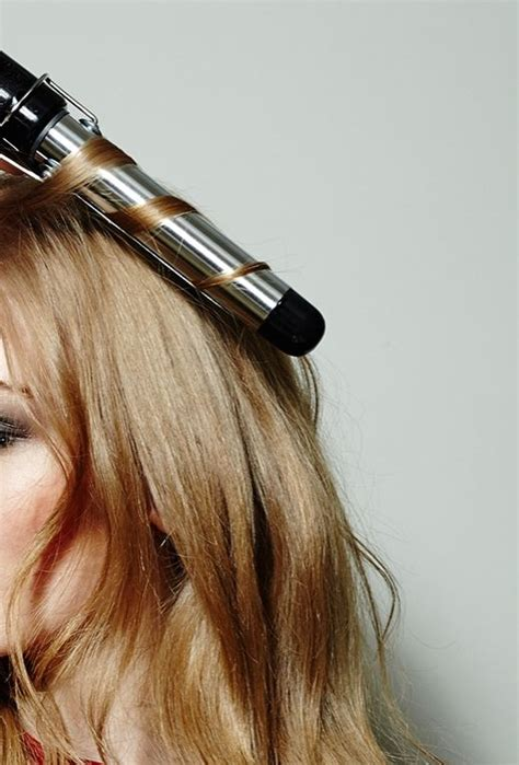iron hair style curling iron hairstyles curly hairstyle guide easy