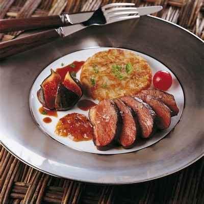 cuisiner un magret de canard a la poele recette magret de canard rôti au chutney de melon facile