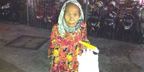 Aborsi Jakarta Selatan Kisah Nenek Marni Jalan Kaki Keliling Jakarta Jualan Tisu
