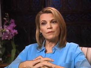 Vanna White discusses turning letters for a living ...
