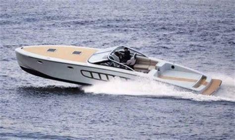 Speedboot Met Kajuit by Bootdesign Eu