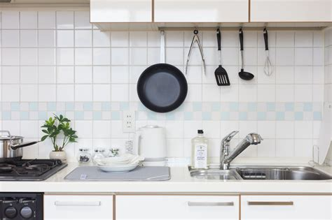 mettre du carrelage sur mur de cuisine mode d emploi constructeur travaux