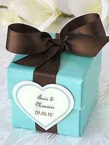 Tiffany Blue wedding favor boxes with brown ribbons and ...