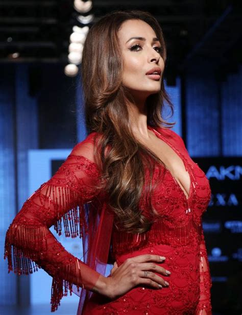 Watch biography of malaika arora and know about her life story and unknown facts. Malaika Arora reveals her favourite position and her ...