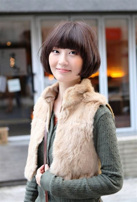 Cute Short Bob Hairstyle With Bangs Behairstyles com