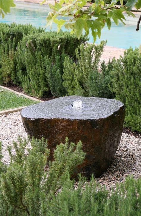 Wasserspiel Stein Garten by Stein Gartenbrunnen 17 Ideen F 252 R Echten Gartenhingucker