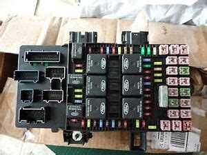 2003 Ford Expedition Fuse Box Diagram 5 4l by 2003 2006 Ford Expedition Lincoln Navigator Fuse Box