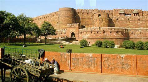 World Market Carpets by Wonders Of Agra India 7wonders Org