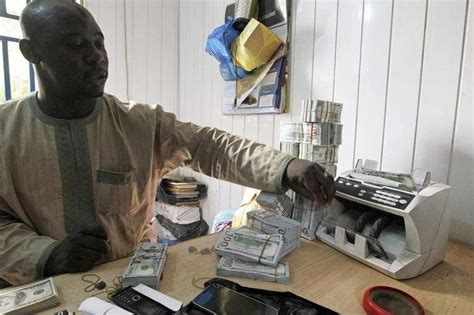 bureau de change cen government officials sell dollars to us bdcs