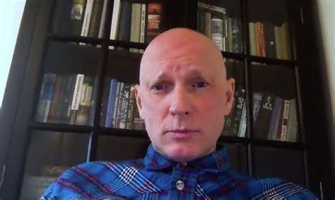 Hermanis pauž viedokli, ka pašizolācijas laiks radikāli izmainīs cilvēkus - Slavenības - Apollo ...