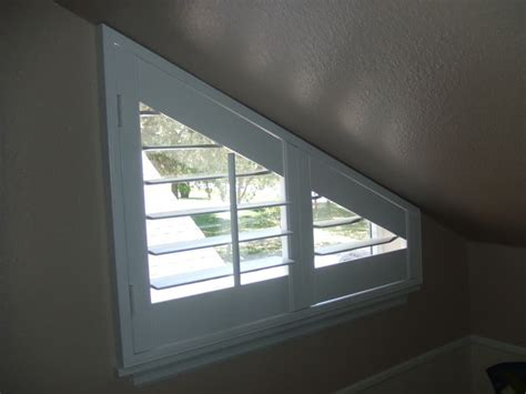 blinds  odd shaped windows circle oval octagon