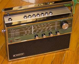 Sanyo Shortwave Radio 7 Bands Marine 16ha
