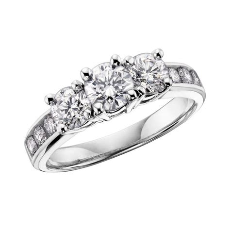 what s the difference between engagement rings and promise rings quora