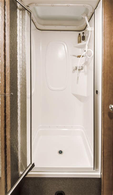 minnie winnie interior bedroom  bathroom
