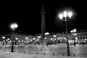 Paris la nuit en noir et blanc Daniel Nassoy Artiste Photo'Graphiste