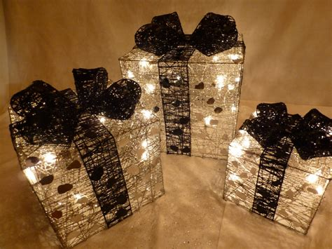 set small silver and black indoor pre lit christmas