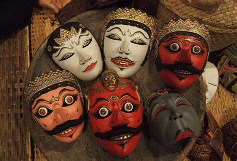 main   masks  indonesian culture facts  indonesia