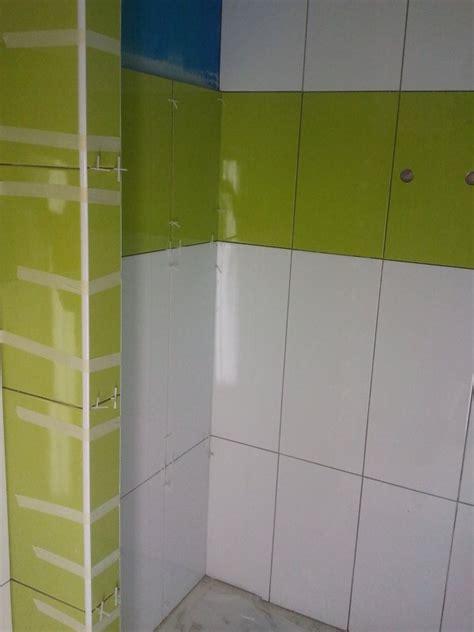 faience salle de bain vert faience vert et blanc