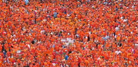orange si鑒e social roma udinese l 39 iniziativa virale sul web uno stadio 39 orange 39 in omaggio a strootman laroma24 it tutte le notizie approfondimenti