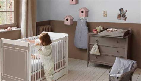 chambre bébé taupe déco chambre enfant taupe