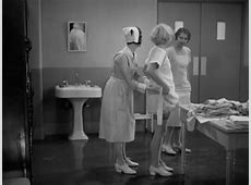 Night Nurse 1931 Review, with Barbara Stanwyck and Joan