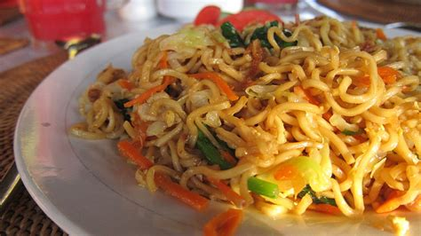 fried noodles wikipedia