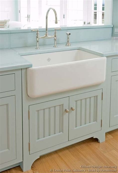 Farm Sink Cabinet by 9 Farmhouse Sinks I One