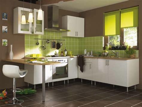 cuisine du web décoration cuisine vert et blanc