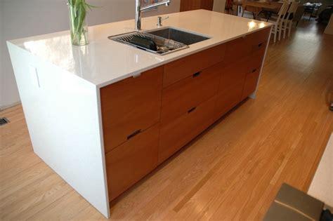 Teak-kitchen-cabinets-kitchen-modern-with-cherry-wood