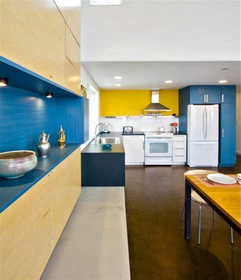 deco cuisine bleu 1001 idées créer une déco en bleu et jaune conviviale