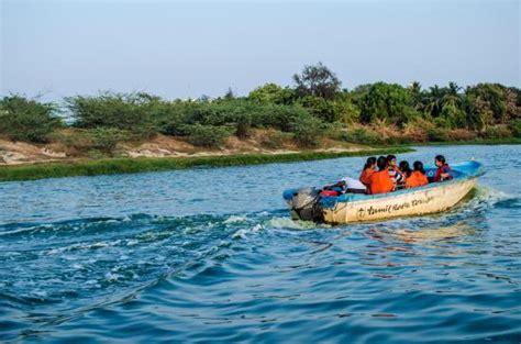 Muttukadu Boating by Muttukadu Boat House Picture Of Muttukadu Lake Chennai